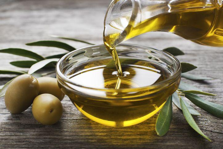 come perdere peso bevendo olio doliva